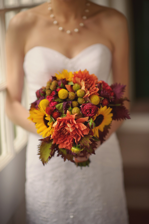 Classic Elegance At The Hill Stead Museum Outdoor Fall New England Wedding