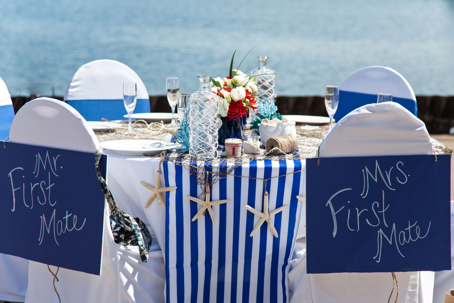 A Lake Michigan Inspired Seaside Wedding Day With Netting As The Tying Element