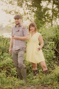 Fantastic Backwoods Attitude Down In Baton Rouge Louisiana In This Outdoor Engagement Session