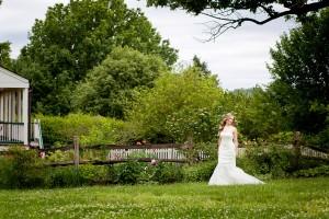 Bryn_Josh_Bohemian_Wedding_Old_Salem_Museums _and_Gardens_Aura_Marzouk_Photography_16-h