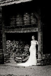 Bryn_Josh_Bohemian_Wedding_Old_Salem_Museums _and_Gardens_Aura_Marzouk_Photography_6-rv