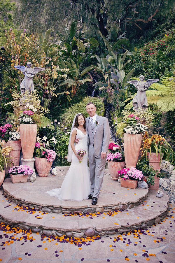 Midnight Garden Feel In This Laguna Beach Wedding Touched By Enchanting Hues | Photograph by Jacquelyn Rachel Photography