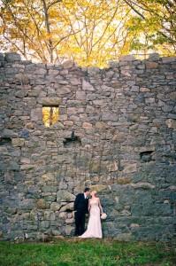 Pamela_Michael_Golf_Club_Old_Stone_Ruin_Wedding_Henry_Photographers_11-lv