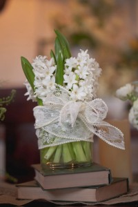 Romantic_Blush_Vintage_Wedding_Styled_Winery_Wedding_Shoot_Sarah_Crowder_Photography_13-rv