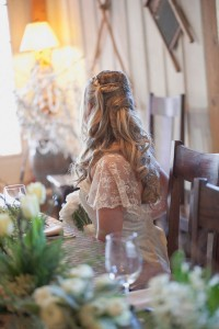 Romantic_Blush_Vintage_Wedding_Styled_Winery_Wedding_Shoot_Sarah_Crowder_Photography_20-rv