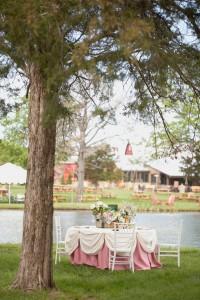 Romantic_Blush_Vintage_Wedding_Styled_Winery_Wedding_Shoot_Sarah_Crowder_Photography_25-v
