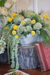 Romantic_Blush_Vintage_Wedding_Styled_Winery_Wedding_Shoot_Sarah_Crowder_Photography_9-lv
