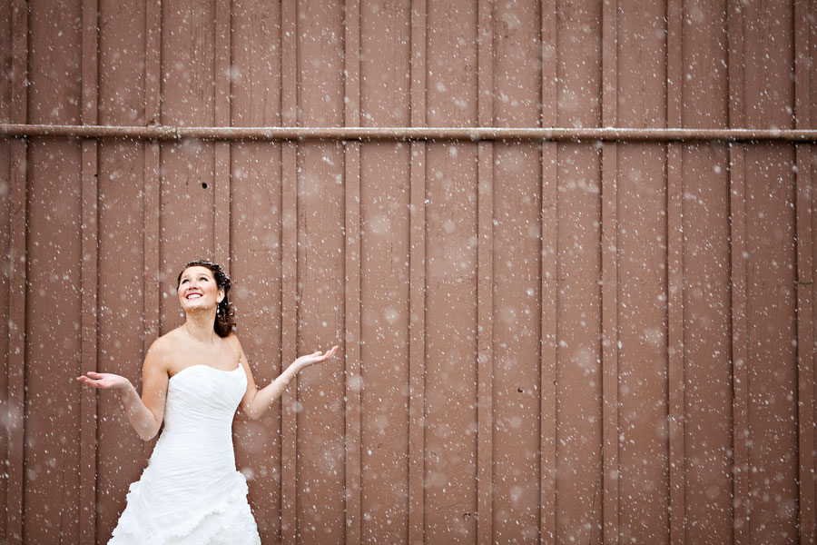 Wistful Rustic Chic Inspiration Shoot With Touches of Lace, Feathers & Snow | Photograph by Courtney Bowlden Photography  http://storyboardwedding.com/wistful-rustic-chic-inspiration-shoot-with-touches-of-lace-feathers-snow/