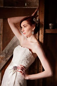 Wistful Rustic Chic Inspiration Shoot With Touches of Lace, Feathers &...