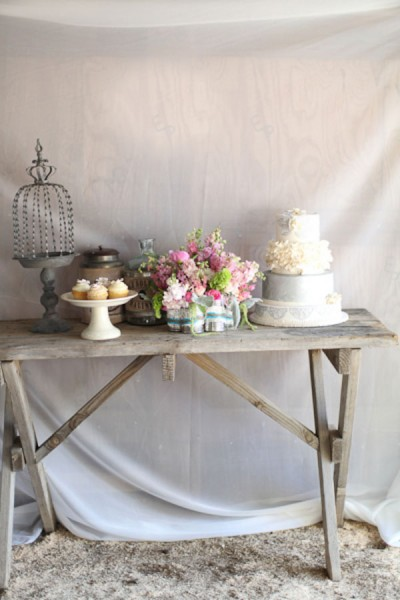 Rustic_Vintage_Glamour_Styled_Shoot_Lucy_Munoz_Photography_11-v
