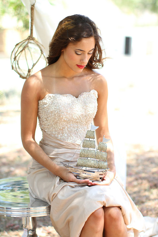 Bohemian Styled Shimmering Wedding Day Fashion Shoot For Less Traditional Brides | Photograph by Lucy Munoz Photography