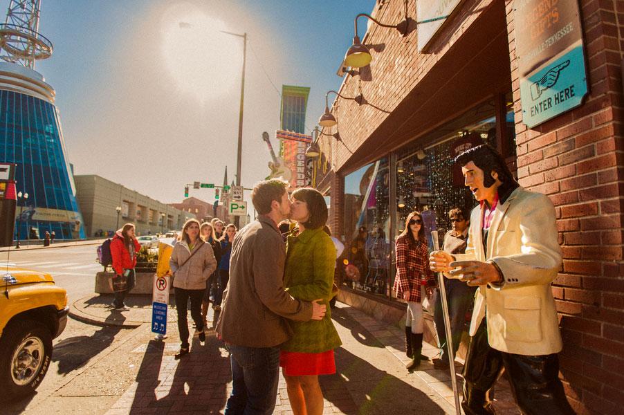 Nashville Sevier Park Cozy Winter Engagement | Photograph by Jen Yuson Photography