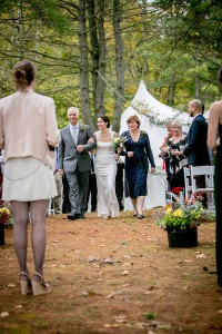 Claire_Joe_Nature_Perfect_Outdoor_Vermont_Wedding_Ampersand_Wedding_Photography_11-rv