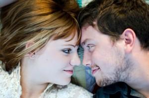 Katie_Alex_Vintage_Wedding_Dress_Engagement_Photos_Elizabeth_Nord_Photography_15-h