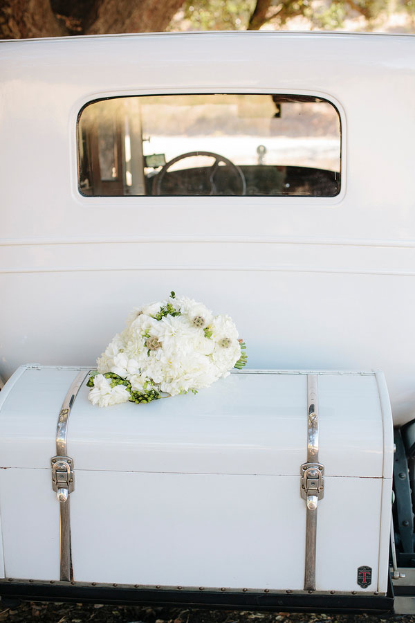 Classic Beauty, Picture Perfect Decor & Vintage Inspiration Make This Modern Dana Point Wedding | Photograph by heidi-o-photo