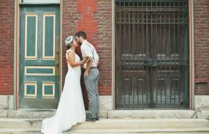 Vintage_Hipster_Barn_Wedding_Hoosier_Grove_Barn_Estanislao_Photography_10-h