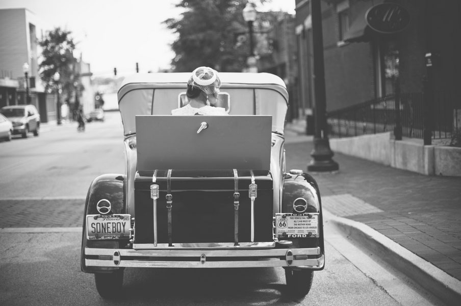 Vintage Flair & Hipster Love Are The Hallmark Of This Offbeat Illinois Wedding | Photograph by Estanislao Photography  https://storyboardwedding.com/vintage-flair-hipster-love-are-the-hallmark-of-this-offbeat-illinois-wedding/