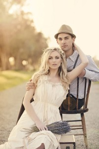 Chic_Boho_Inspired_Styled_Shoot_With_An_Earthy_Love_Feel_10-rv