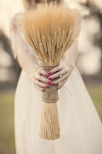 Chic Boho Inspired DIY Styled Shoot With An Earthy Love Feel   Photograph by Brittany Dow Photography