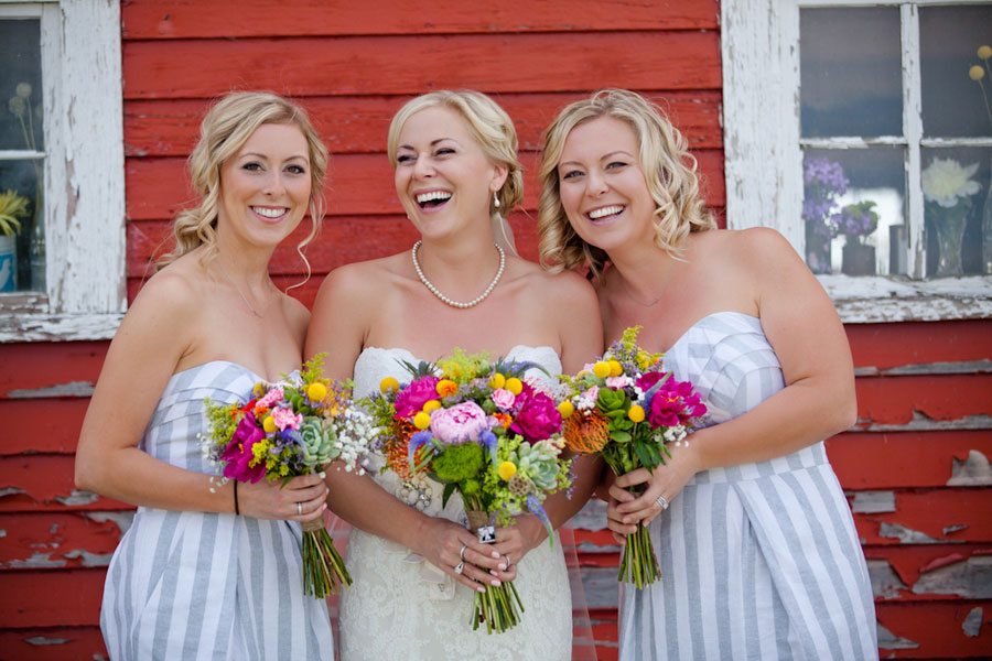 Chic Rustic Red Barn Wedding With Whimsical Touches Lots Of Amazing DIY