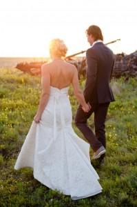 Chic Rustic Red Barn Wedding With Whimsical Touches & Lots of Amazing DIY | Photograph by Janine Sept Photography