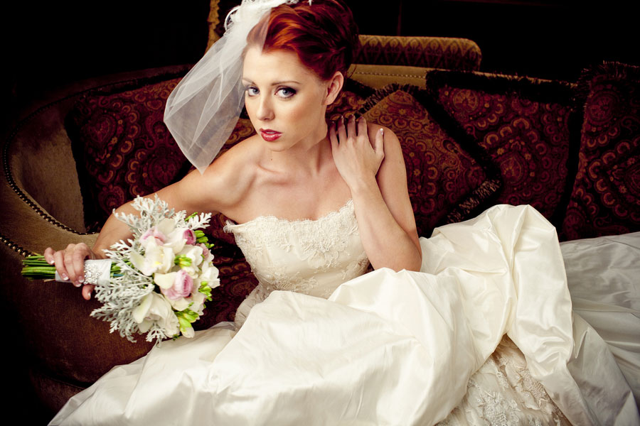 Modern Glam Bride House of Blues Styled Bridal Shoot Esvy Photography (10)