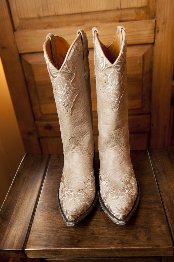 Ponies, Cowgirl Boots, & Chic Rustic Design Make This Pavilion at Pepper Plantation Wedding A Dream | Photograph by Reese Moore Weddings  http://storyboardwedding.com/ponies-cowgirl-boots-chic-rustic-design-make-this-pavilion-at-pepper-plantation-wedding-a-dream/