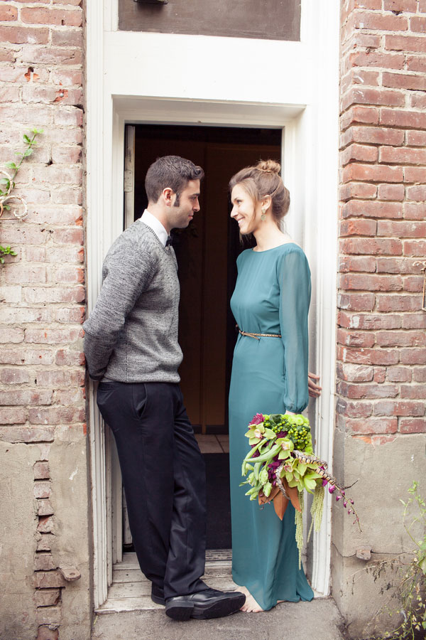 Eco-Chic Farm To Table Influences For Small Metropolitan Weddings In Earthy Color Palette | Photograph by Burns Photography  http://www.storyboardwedding.com/farm-to-table-influences-for-small-metropolitan-weddings-with-low-fuss-modern-couples/