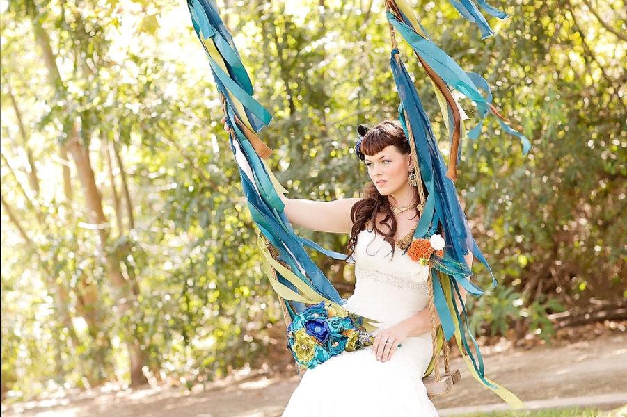 Striking_Deep_Teal_Peacock_Inspired_Wedding_Meghan_Wiesman_Photography_13-h