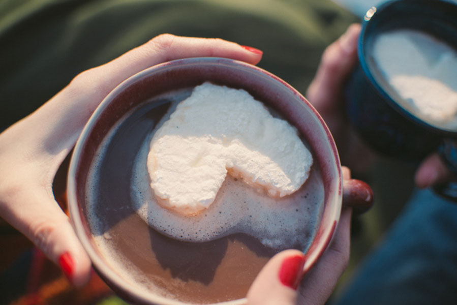 Cozy Outdoor Hot Chocolate Sippin Engagement Session | Photograph by Bleu In Love Photography