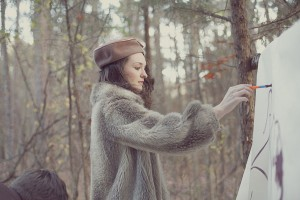Lindsey_Zachary_Bohemian_Woodsy_Artist_Engagement_Session_BPosh_Photography_10-h