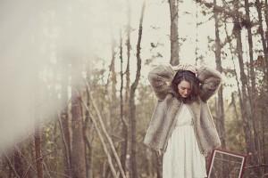 Lindsey_Zachary_Bohemian_Woodsy_Artist_Engagement_Session_BPosh_Photography_14-h