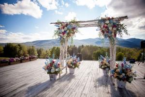 Sarah_Chris_Trapp_Family_Lodge_Wedding_Stowe_Vermont_Kathleen_Landwehrle_Photography_1-h