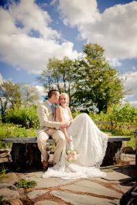 Sarah_Chris_Trapp_Family_Lodge_Wedding_Stowe_Vermont_Kathleen_Landwehrle_Photography_11-v