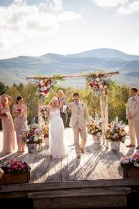 Sarah_Chris_Trapp_Family_Lodge_Wedding_Stowe_Vermont_Kathleen_Landwehrle_Photography_25-lv