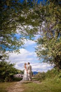 Sarah_Chris_Trapp_Family_Lodge_Wedding_Stowe_Vermont_Kathleen_Landwehrle_Photography_29-rv