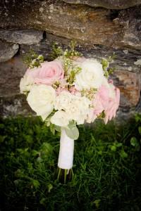 Sarah_Chris_Trapp_Family_Lodge_Wedding_Stowe_Vermont_Kathleen_Landwehrle_Photography_4-rv