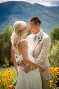 Sarah_Chris_Trapp_Family_Lodge_Wedding_Stowe_Vermont_Kathleen_Landwehrle_Photography_8-rv