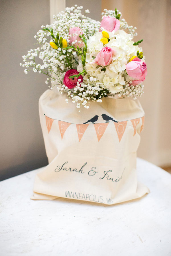 Shabby Chic Romance With Vintage Flair Fills This Gorgeous Minnesota Wedding | Photograph by Snap.Grin Photography