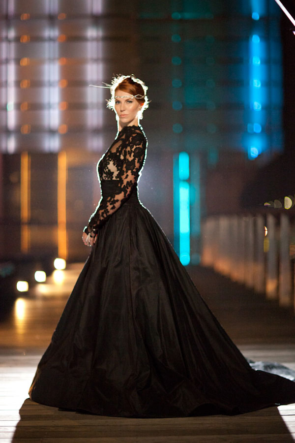 Queen of the night elegant black wedding dresses with for Images of black wedding dresses