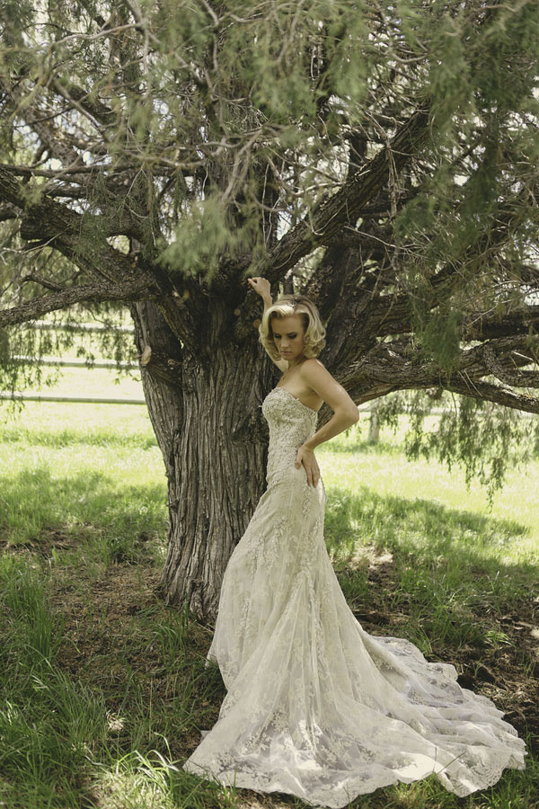 Bridal Style That Is Timeless & Iconic- The Modern Marilyn Monroe | Photograph by Kendalls Media