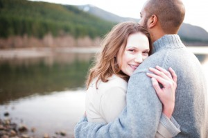 A Slice Of Americana In This Rattlesnake Lake Engagement Session