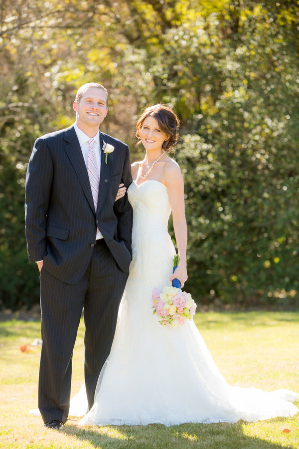 Traditional Pink & Navy Las Posas Country Club Wedding With Laid Back Flair | Photograph by Figlewicz Photography