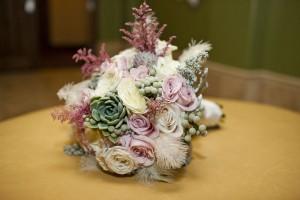 Kassie_Bradley_OffBeat_Romantic_Vintage_Inspired_Wedding_Focus_Photography_Inc_3-h