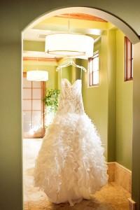 Kassie_Bradley_OffBeat_Romantic_Vintage_Inspired_Wedding_Focus_Photography_Inc_4-lv