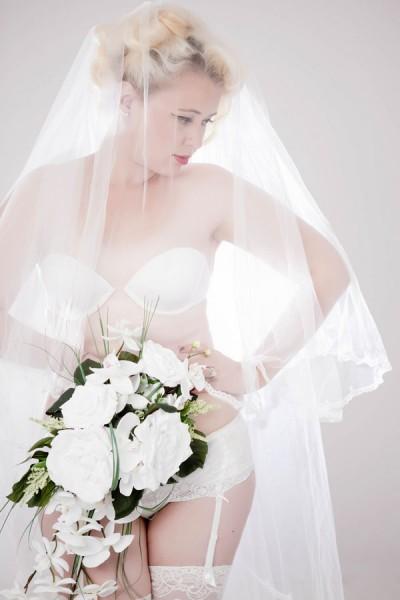 Classic_Bride_Inspired_Boudoir_Charlene_Morton_Photography_2-lv