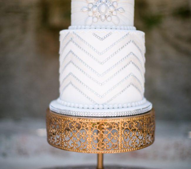 Great Gatsby Wedding Cake via Style Unveiled Jamilah Photography