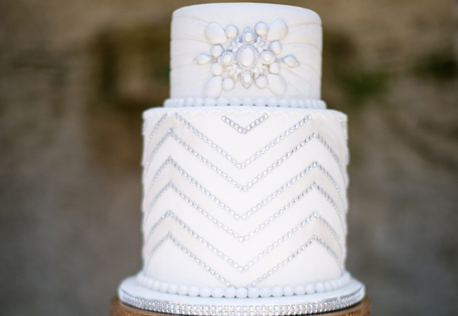 Why It Works Wednesday: Flapper Inspired Art Deco Wedding Cake A La Gatsby