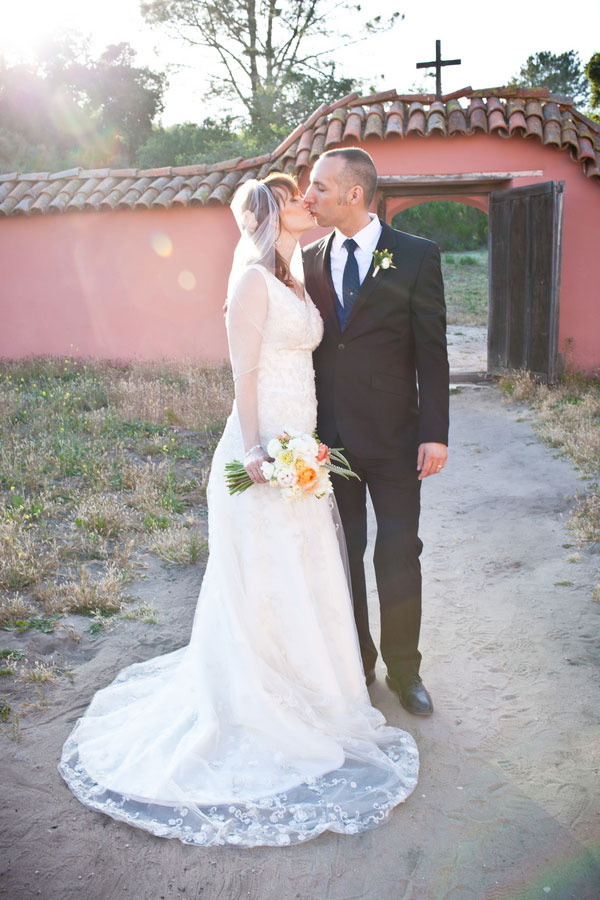 A Touch Of The Past In This La Purisima Mission Rustic California Wedding | Photograph by Kelsey Crews Photo