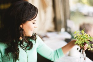Coffee_Date_Engagement_Session_Le_Marché_St.George_Nadia_Hung_Photography_4-h